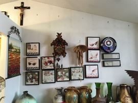 Pictures, Wind Chime, Clock, Cross, Vases