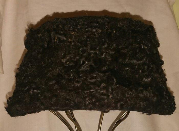 Women's Lambs Wool Hat