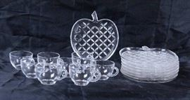 "8 Place Setting Glass ""Apple"" Shaped Snack Set - P ..."