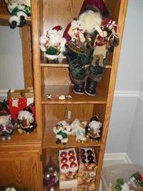 Lots of very nice Christmas and Santas