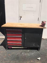 Craftsman Deluxe Workbench
