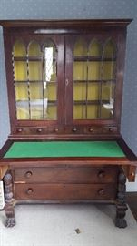 Incredible claw foot desk! Needs a little TLC but in good working condition.