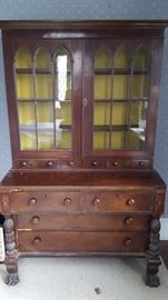 Incredible claw foot desk! Needs a little TLC but in good working condition