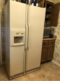 KitchenAid Side by Side Refrigerator 25 cu ft w/Ice & Water in Door, almond