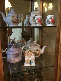 Assorted teapots