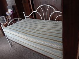 Twin size day bed.