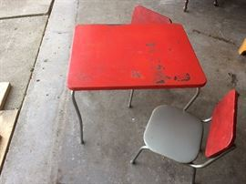 1950s child's table and chairs