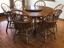 Round Oak Table w 6 Windsor Arm Chairs, Oak Lazy Susan