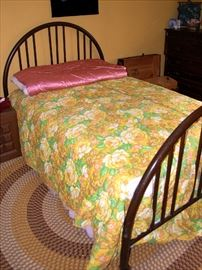 Cool old Vintage Metal Single Bed