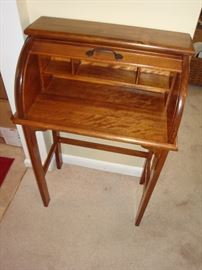 Paris Manufacting Co. (Paris, ME) Childs Roll Top Desk