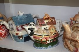 Just a close up of the two Noah's Ark teapots.