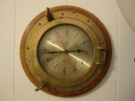 Port Hole Clock