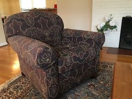 Arm chair, try it out! Good looking and great condition