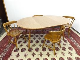 Kitchen Table with 2 Leaves, and 4 Chairs