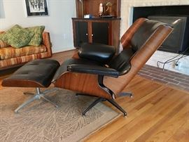 1 of 1 Vintage Plycraft George Mulhauser Lounge Arm Chair