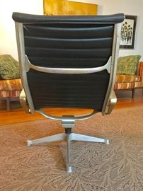 "Vintage Eames for Herman Miller ""Aluminum Group"" Desk Chair"