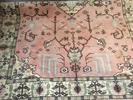 Beautiful Kula  rug it measures 5'11 x 7'9  wool rug made in Turkey.