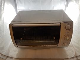 Oster Toaster Oven   http://www.ctonlineauctions.com/detail.asp?id=704432