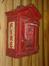 1930's - 1940's Metal Fire Alarm Station Box Made By Gamewell