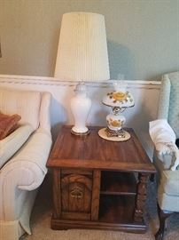 contemporary end table, vintage lamp