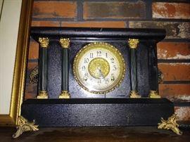 1 0f 2 antique mantel clocks