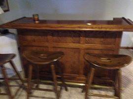 Oak Bar with 4 saddle stools and mirror