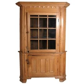 Lot 0173 Important American Chippendale Pine Corner Cabinet Starting Bid $1000