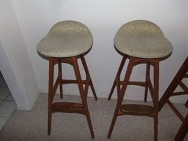 ERIC BUCH FOR MOBLER MIDCENTURY BAR STOOLS.