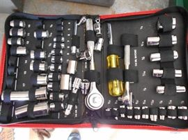 50 piece compact Socket Set