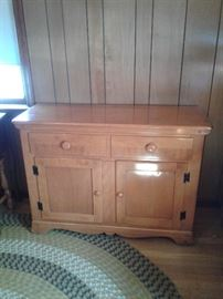 Simple sideboard incredible condition