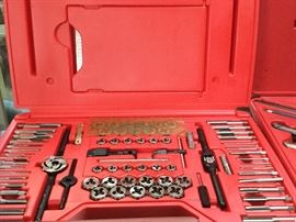 Snap-on TDTDM500A 76 Piece Tap & Die Set