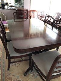 Mahogany Double Pedestal Dining Table With 6 Chairs