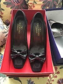 Valentino shoes size 9.5