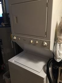 Frigidaire stackable washer & dryer