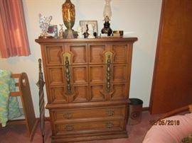 Johnson Carper chest of drawers