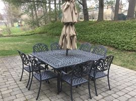 FORTUNOFF CAST ALUMINUM SQUARE TABLE AND 8 CHAIRS