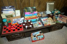 Puzzles, games, marbles, greeting cards