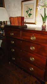 Hepplewhite  chest of drawers
