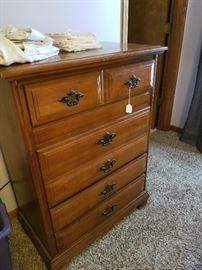 Another nice Dresser