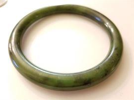 Authentic Jade Nephrite Vintage Bangle Bracelet    http://www.ctonlineauctions.com/detail.asp?id=704239