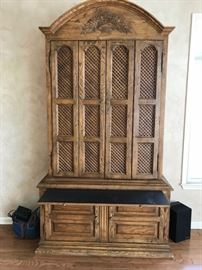 High Quality 1980's Entertainment Armoire. Pull Out Bar/Wine Storage.
