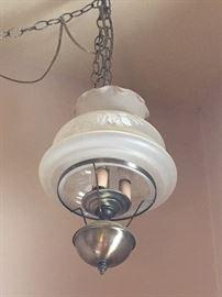 Swag lamp