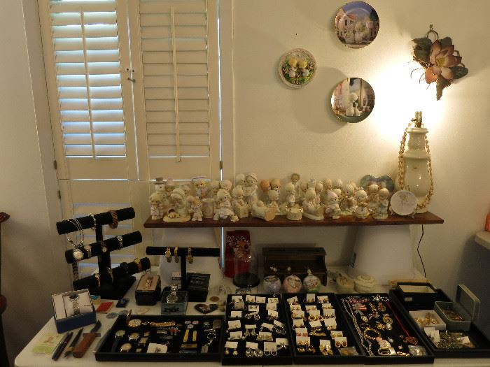 Costume Jewelry, Nice Men's Watches, Precious Moments