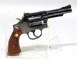 Smith & Wesson Model 18-2 Combat Masterpiece Revolver, .22 LR, SN# K708481