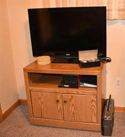 RCA TV Radio and TV Stand