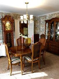 Ridgeway grandfather clock, Thomasville dining room table