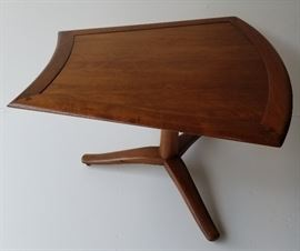 Barney Flagg for Drexel Parallel Group Mid-Century Modern Trapezoid Table with Butterfly Joints and Original Ball Feet