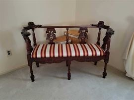 LOVELY SOUTHWOOD  LOVESEAT
