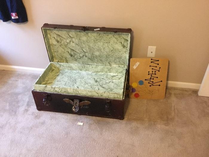 Vintage chest