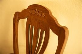 Chair detail of Broyhill dining room suite